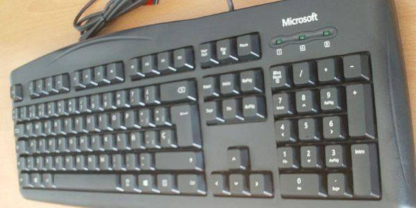 Análisis Microsoft Wired Keyboard 200