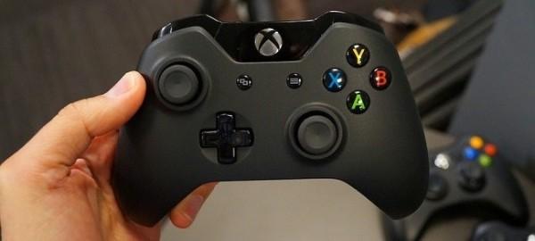 El mando del xbox one es ideal para jugar en un pc.